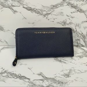 Tommy Hilfiger Navy Wallet